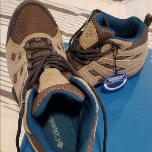 Waterproof Columbia Redmond V2 hiking boots